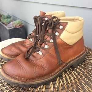 Vintage Leather Hiking / Work Boots Size 9